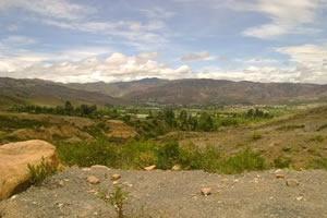 Espiritualidad y tranquilidad en el Desierto de la Candelaria En el departamento de Boyacá, a siete kilómetros al nororiente del municipio de Ráquira y a treinta dos kilómetros al suroeste del municipio de Villa de Leyva, se encuentra el desierto de La Candelaria. Colombia.