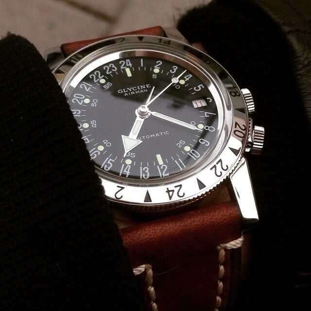 Glycine, Airman NO 1, purist, 36 mm, 24h dial, second timezone on bezel, 42h pr