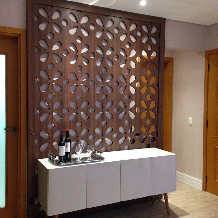 Painel vazado-divisoria entre sala e lavabo Projeto by Camila Gogoni Arquitetura e Interiores