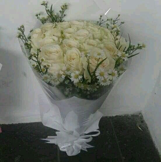 Buket Bunga Hadiah Ulang Tahun.  Hrg 375rb Info detail : 085716660717