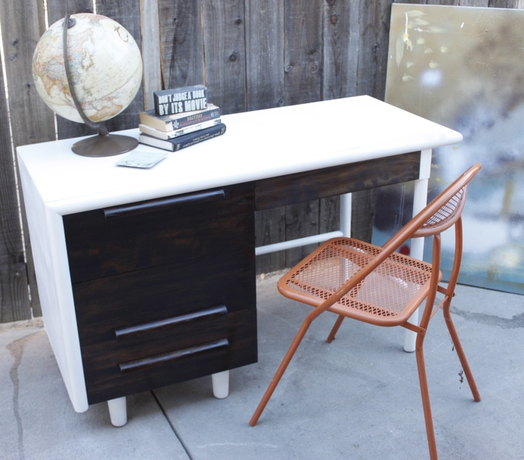 Mod Wood White Desk $350 - Burbank http://furnishly.com/catalog/product/view/id/2640/s/mod-wood-white-desk/