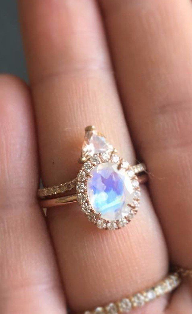 Best 25+ Moonstone engagement rings ideas on Pinterest | Hexagon ...