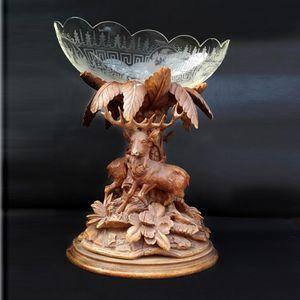 skål på träfot 1800-talet signerat