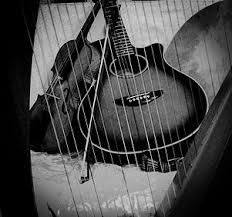 Clarsach and guitar.  Enjoy their beautiful sound, played by Celtic Twist, in the Round Room of Culzean Castle on Friday and Sunday afternoons.