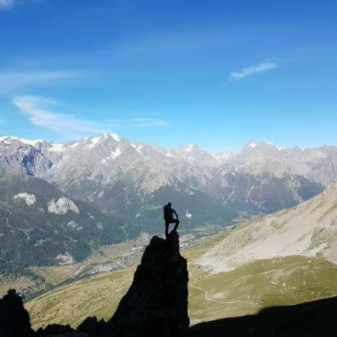 Freedom in Hautes Alpes   #myhautesalpes #alpes #mountains #montagne #summit #france #landscape