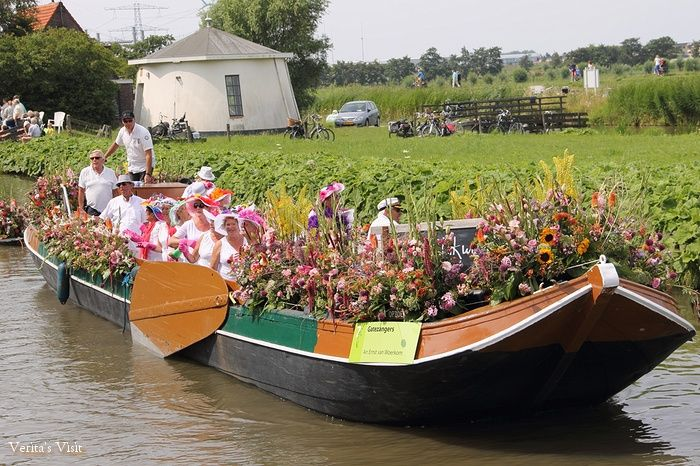 Singing and dancing are part of the Floating Parade....