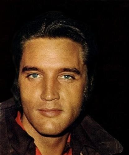 Elvis Aaron Presley (January 8, 1935 - August 16, 1977)     He was one gorgeous and talented man