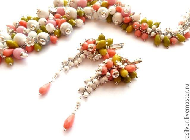 """Купить Серьги """"Цветущий май"""" - Серьги-грозди, длинные серьги, серьги с кораллом, коралловые серьги"""