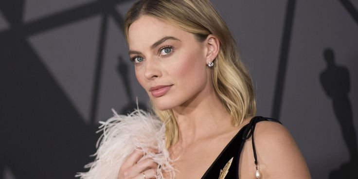 """Margot Robbie Speaks Out About The """"Community"""" Of Women That Have Emerged Amongst Rapid Sexual Misconduct Claims In Hollywood #MargotRobbie celebrityinsider.org #Hollywood #celebrityinsider #celebrities #celebrity #celebritynews #rumors #gossip"""