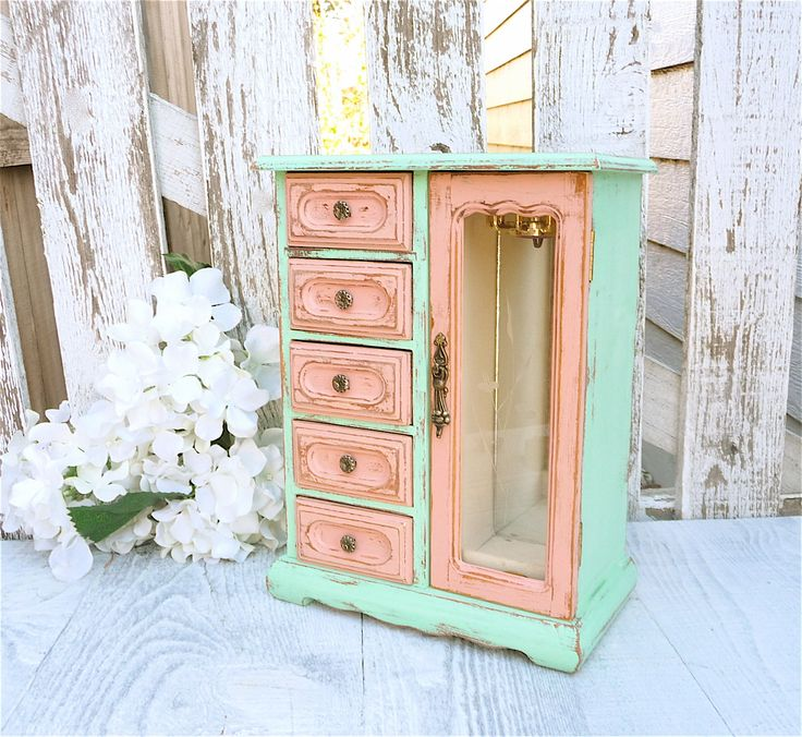two tone mint and pink shabby chic jewelry box by huckleberryvntg french country pinterest. Black Bedroom Furniture Sets. Home Design Ideas