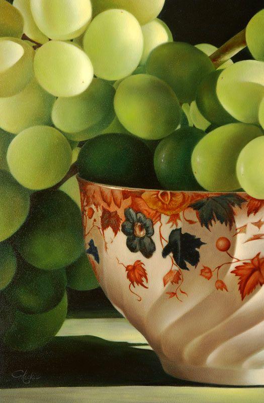 Mickie Acierno, Grapes