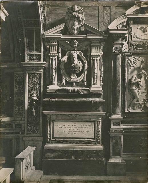Istituto Centrale per il Catalogo e la Documentazione: Fototeca Nazionale , Anonimo romano - sec. XVII - Monumento funebre di Prospero Farinacci - insieme