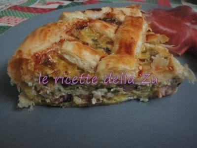 Torta salata di sfoglia con porri, radicchio e pancetta