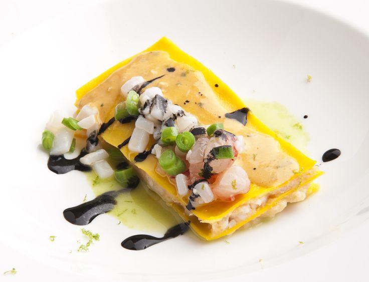 Lasagna di mare in bianco, salsa di prezzemolo e lime – la ricetta di Moreno Cedroni