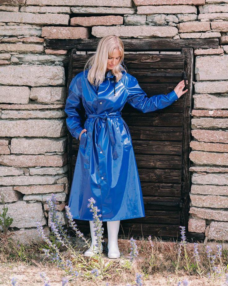 Curve Jacket (With images) | Curve jackets, Rainwear