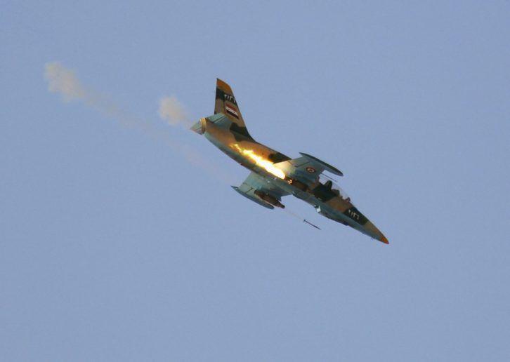 Noticia Final: Jatos sírios realizam ataques raros no leste do Lí...