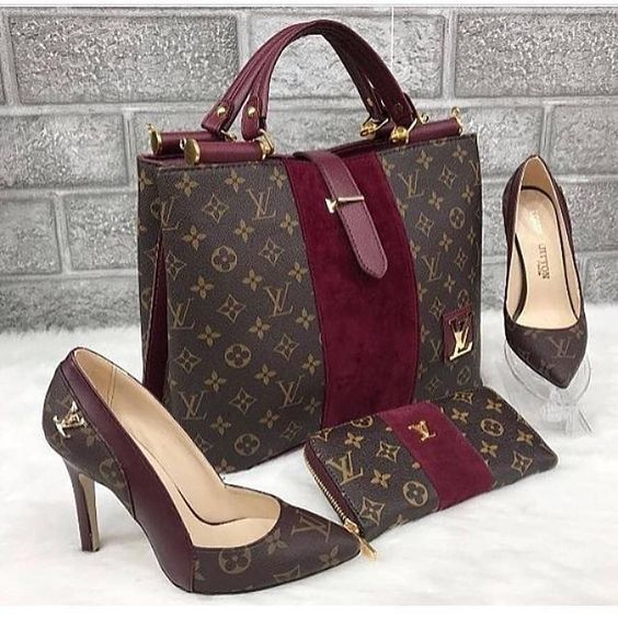 2019 New Lv Collection For Louis Vuitton Handbags Must Have It Louisvuittonhandbags Louis Vuitton Bag Louis Vuitton Fashion Tote Bag