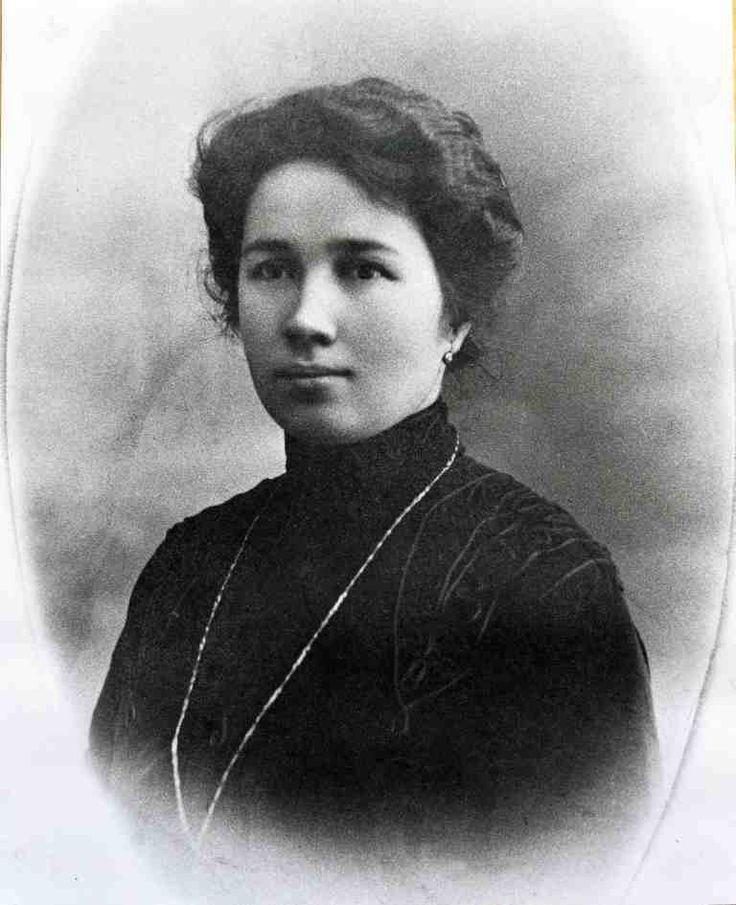 Roero Monchiero matriarch and founder of the winery, Clotilde Valente Raimondo.
