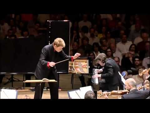 DAVID FRAY & MARIN ALSOP Mozart Piano Concerto No.22 1st mov. - YouTube