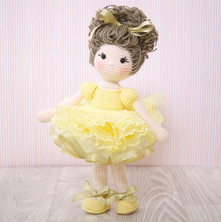 FREE SHIPPING Amigurumi crochet doll Gorgeous ballerina doll