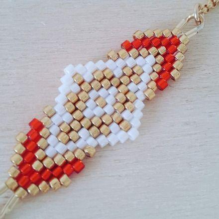 L'association d'un joli tissage de perles miyuki fait main aux couleurs élégantes et d'une chainette plaqué or compose ce joli bracelet. Le bracelet mesure 19 cm et le tissage 5 - 18435863