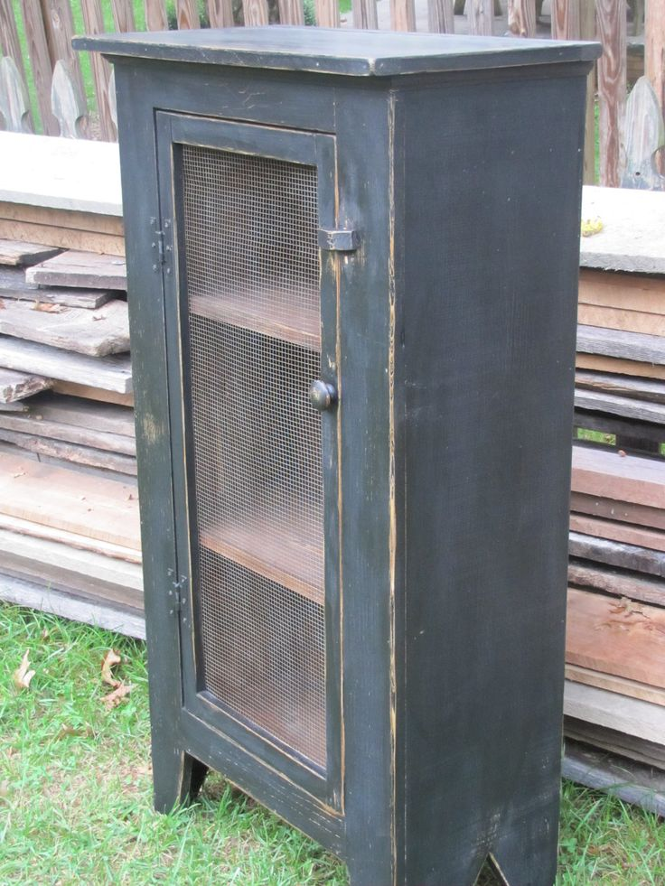 Primitive Jelly Cupboard- just add pottery and quilts!