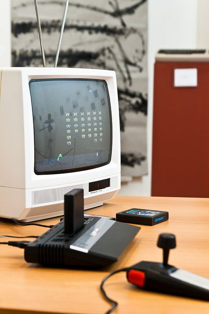 Atari console & Space Invaders....OH, MY GOODNESS!!   I had this Atari console in the early 80s!!!!  :)