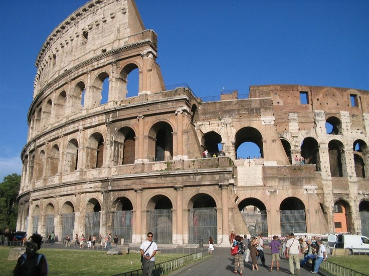 Coliseo  Paola Dalbi