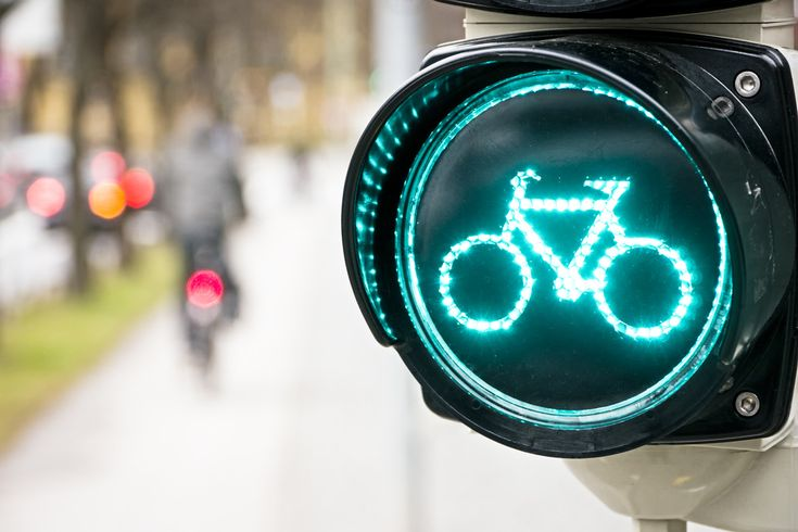 Germany opens the first 3 miles of a 60-mile bicycle superhighway