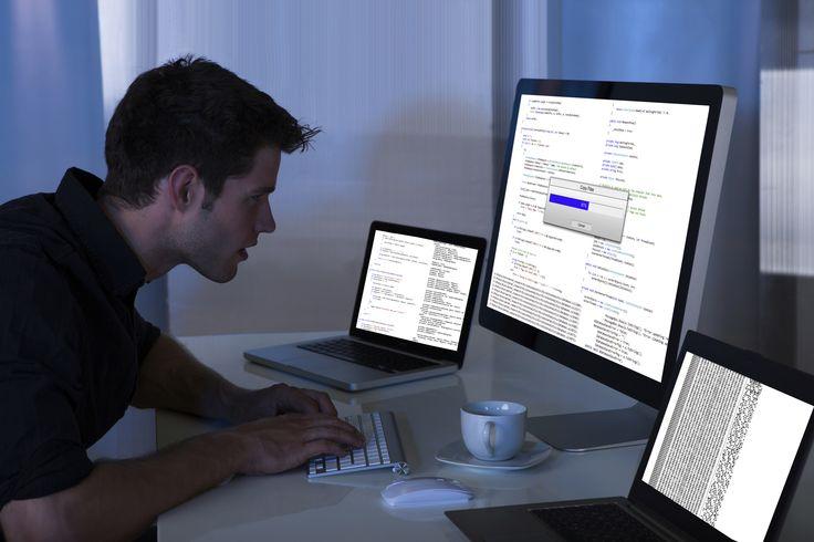 Zdecyduj się na profesjonalne studia informatyczne.  #informatyka #studia #nauka
