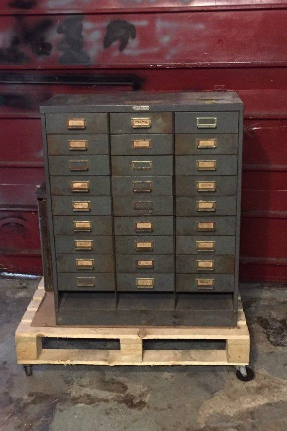 Industrial Steel Master 30 Drawer Steel Parts Cabinet Old Gray