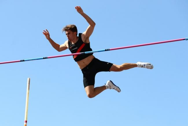 Billinge S Harry Coppell Clears Olympic Pole Vault Standard In 2020 Olympic Pole Vault Pole Vault Olympics