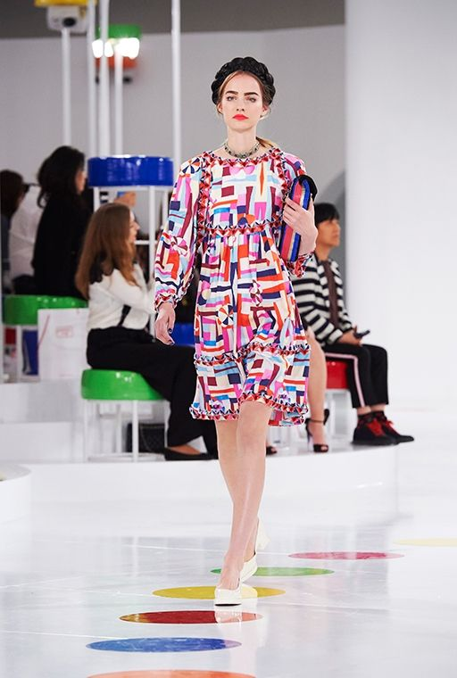 Kenterin - Chanel blends 'hanbok' with modernism