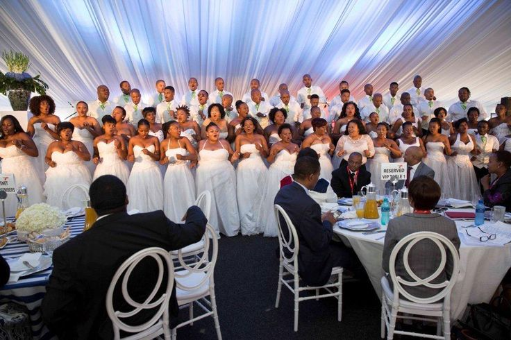 The choir entertaining guests.