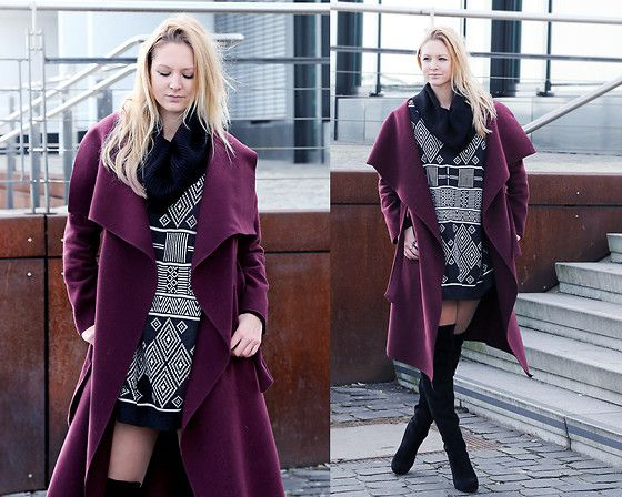 Get this look: http://lb.nu/look/8061542  More looks by Tess  Kay: http://lb.nu/tesskay  Items in this look:  Coat, H&M Pullover, Humanic Overknees   #casual #elegant #street #coat #overknees #streetstyle #winter #ootd #outfit