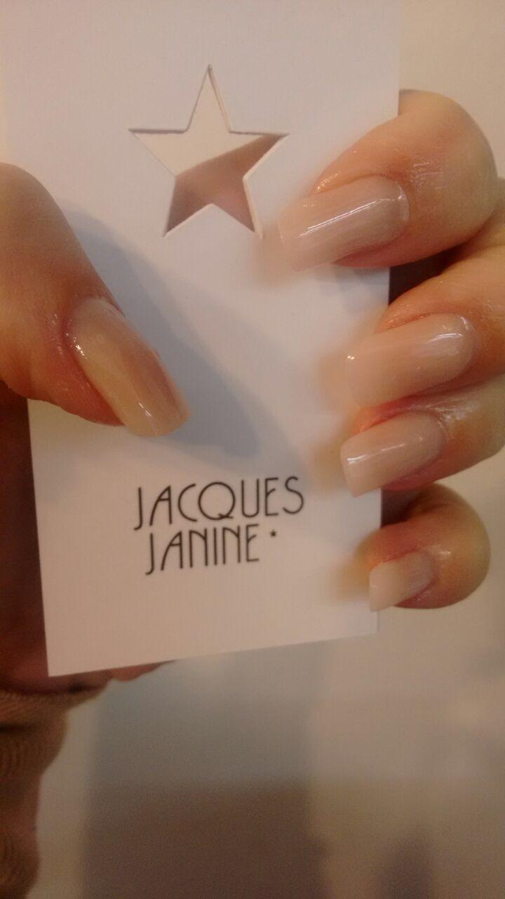 Unha de fibra de vidro  Jacques Janine Vila São Francisco vilasaofrancisco@jacquesjanine.com.br