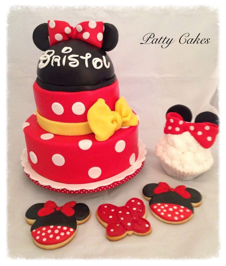 Minnie Mouse Smash Birthday Cakes