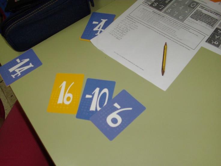 Practicando cálculo de enteros con las cartas