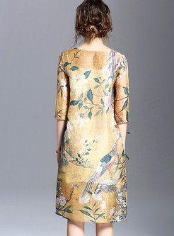 O-Neck Patch Print Shift Dress