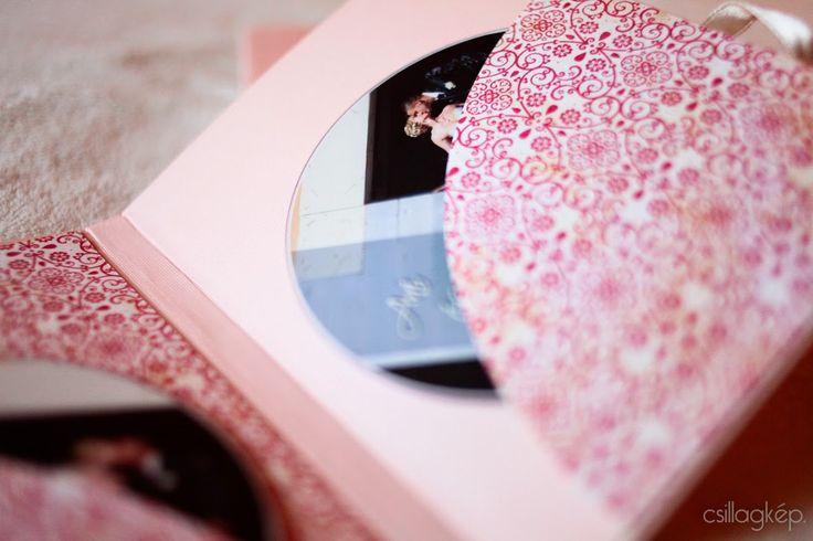 Finom, elegáns, egyedi. Ilyen szép dísztokban adom az esküvői fotókat tartalmazó DVD-t.