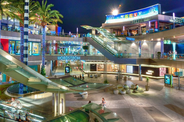 Best Outlet Stores in Santa Monica, CA - Santa Monica Place, Citadel Outlets, Tokyo Japanese Outlet, Valley Liquidation, The Runway Outlet, The Outlet by ECC, Sledge USA Outlet Store, Nike Factory Store, R & M Outlet Discount Store, Torrance.