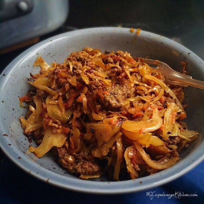Caramelized cabbage with spicy ground beef! #Lowcarb #LCHF #paleo and #whole30 approved. Recipe here: MyCopenhagenKitchen.com