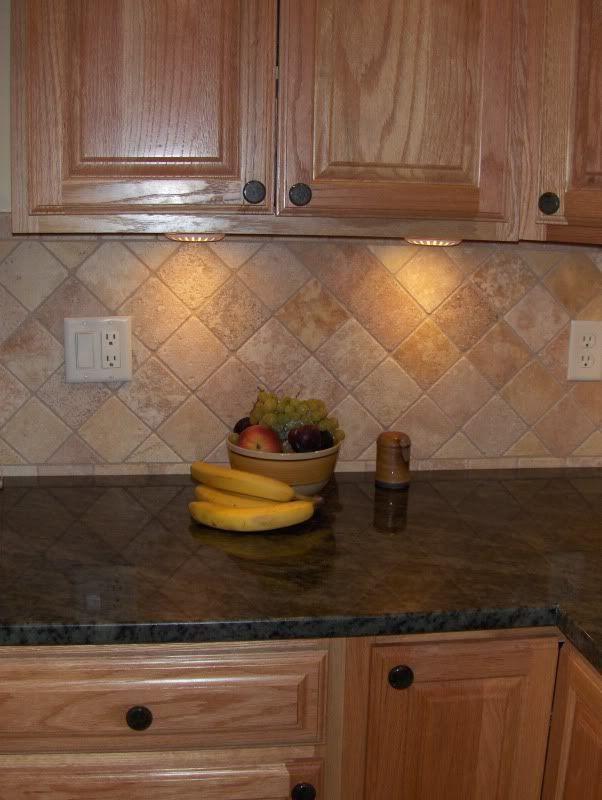 25 best ideas about honey oak cabinets on pinterest for Kitchen backsplash ideas for oak cabinets