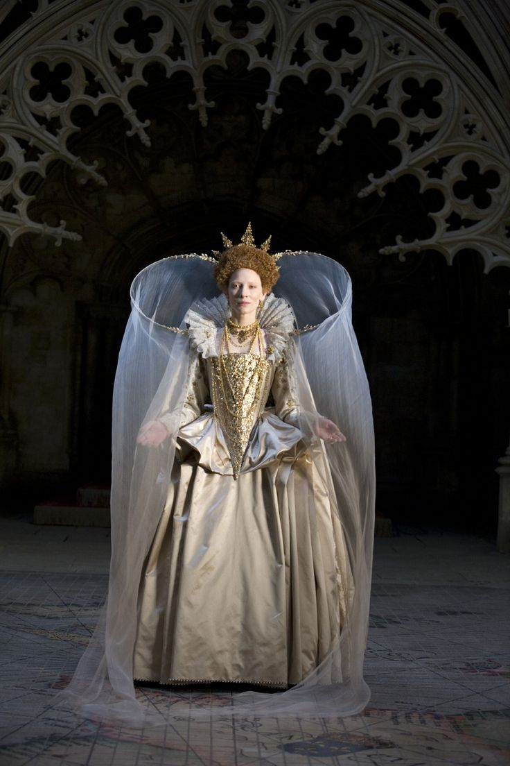 Amazing gold gown from Elizabeth, the Golden Age. I love the crown as well.