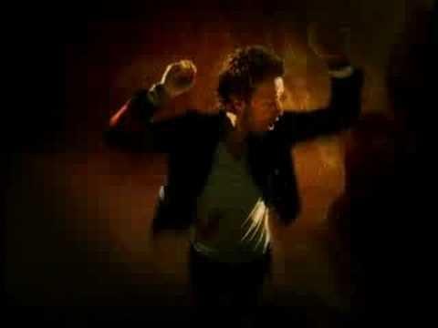 Esta ya es mítica porque es genial. Coldplay - Viva La Vida