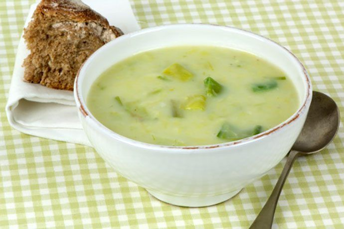 comfort food, to me, quite like a bubbling pot of Potato Leek Soup ...