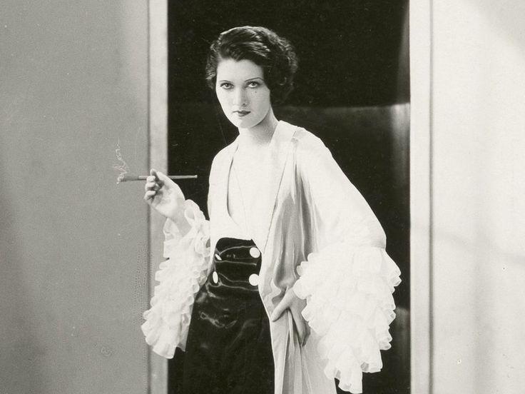 Le Parfum de la dame en noir (1931)