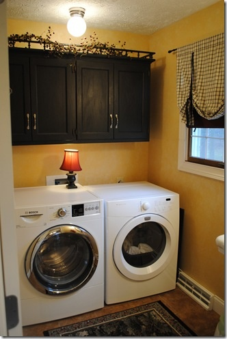 Best 25 Yellow Laundry Rooms Ideas On Pinterest Laundry