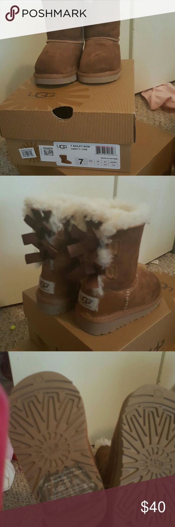Toddler Girls Ugg Boots Toddler Girls Tan Ugg T Bailey Bow Boots with inside fur UGG Shoes Winter & Rain Boots