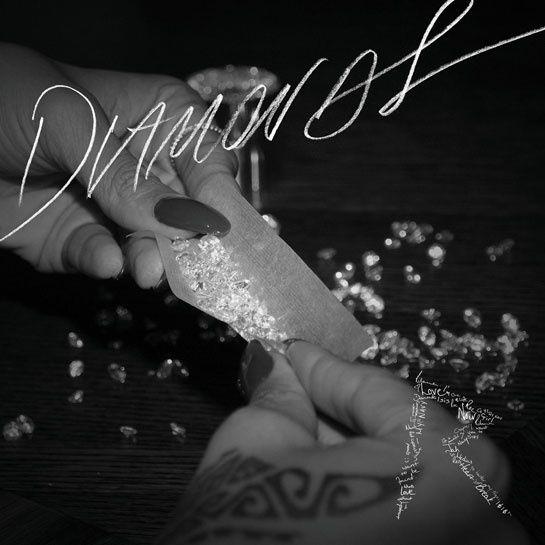 La playlist de l'été Diamonds, Rihanna http://www.vogue.fr/culture/a-ecouter/diaporama/la-vogue-playlist-de-l-ete/14367/image/803851#!la-playlist-de-l-039-ete-diamonds-rihanna